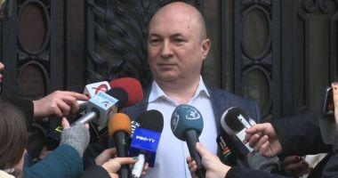PSD ar putea face plângere împotriva lui Iohannis  pentru nerevocarea lui Lazăr