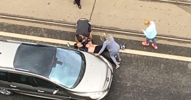 GALERIE FOTO / Bărbat înjunghiat în stradă în București
