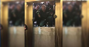 Un lift plin cu oameni a căzut în gol 84 de etaje