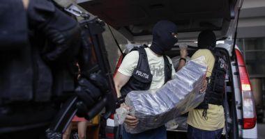PESTE O TONĂ DE DROGURI DE MARE RISC, CAPTURATĂ DE POLIȚIȘTI
