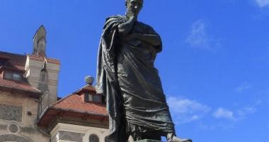 Poetul Ovidius, omagiat la Muzeul de Istorie Constanţa