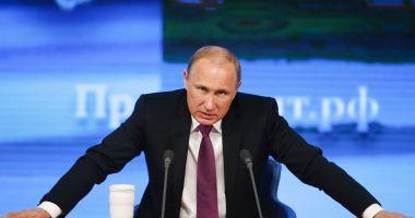 Putin a promulgat două legi privind ştirile false şi ofensele la adresa statului