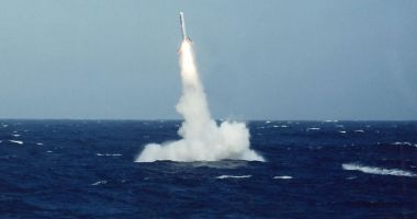 Rusia a efectuat teste masive ale forţelor atomice strategice