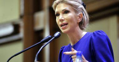 Raluca Turcan: Tăriceanu și Dragnea trec peste legi ca să o demită pe șefa DNA