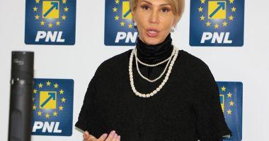 Raluca Turcan: Majoritatea PSD - ALDE - UDMR decredibilizează Parlamentul
