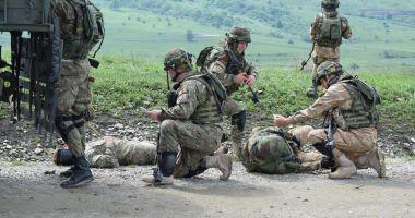 Evacuarea răniţilor, un antrenament obligatoriu