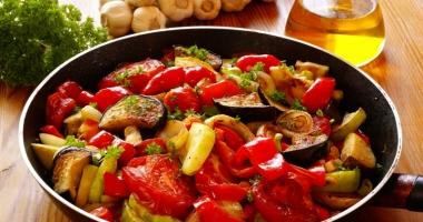 Ratatouille cu legume de vară