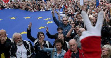 Reformă judiciară în Polonia.  Elita judecătorilor coboară în stradă