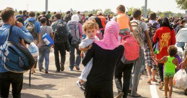 Taberele din Grecia şi Turcia sunt arhipline de refugiați