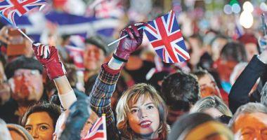 Regatul Unit părăsește Uniunea Europeană și se îndreaptă spre un viitor incert