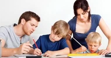 Relaţia părinte - copil. Cum rezolvăm conflictul între generaţii