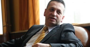 Relu Fenechiu: Trei companii au cumpărat caietul de sarcini la CFR Marfă