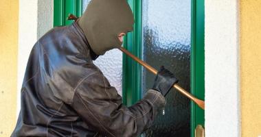 Reţinut de poliţişti după mai multe spargeri date în Cernavodă