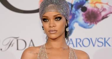 Rihanna, însărcinată cu un necunoscut