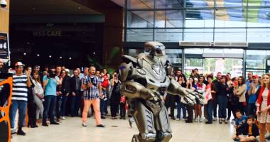 Titan the Robot face spectacol la Constanţa