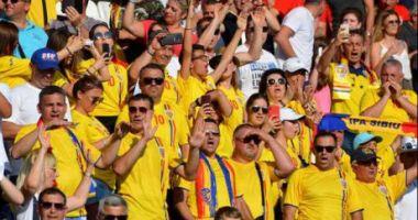 Patru suporteri români au leșinat în timpul meciului România - Germania
