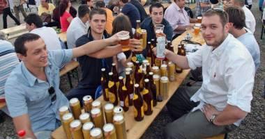 Românii au băut mai mută bere în 2015