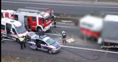 TRAGEDIE PE AUTOSTRADĂ! Un tânăr de 20 de ani a murit pe loc