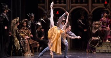 """""""Romeo şi Julieta"""", pe scena Teatrului """"Oleg Danovski"""""""