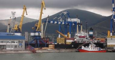Rusia privatizează portul Novorossiysk, de la Marea Neagră