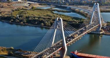 S-a făcut recepţia podului rutier de la km 0+540 al Canalului Dunăre - Marea Neagră