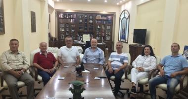 """O delegaţie din Suleyman Paşa  a ajuns la Universitatea """"Andrei Şaguna"""""""
