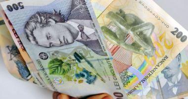 Salariul minim pe economie nu mai creşte anul acesta. Data anunţată de Guvern