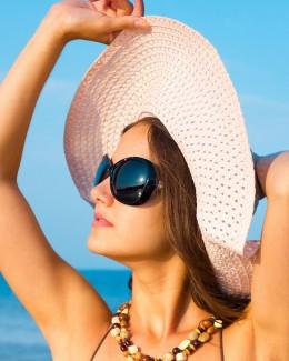 La ce riscuri ne expunem ochii pe timp de vară