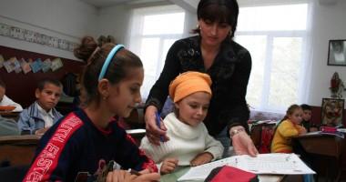 Ziua Mondială a Educaţiei - zi tristă pentru dascălii constănţeni