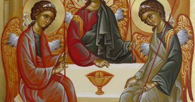 Ortodocșii sărbătoresc Sfânta Treime