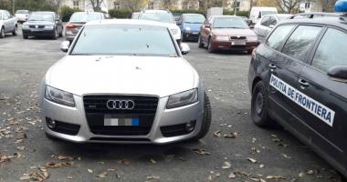 S-a trezit cu maşina confiscată de poliţişti, întrucât era furată din Italia