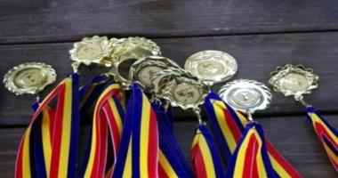 Minune! S-au mărit bursele pentru elevii olimpici