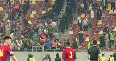 FOTBAL / Ciocniri violente la meciul CSA Steaua-Academia Rapid