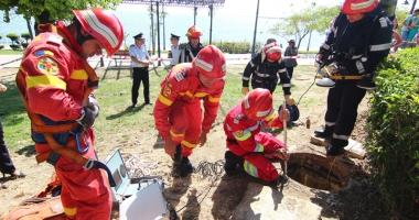 Schimb de experien�� �ntre pompierii francezi �i cei rom�ni
