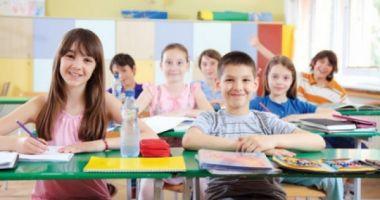 Vești bune pentru elevi! În ce condiții ar putea să aibă o zi liberă în noiembrie