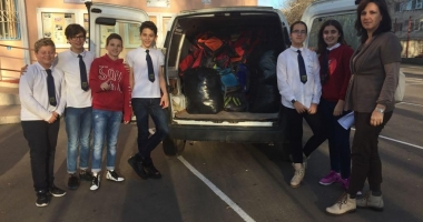 """Elevii Şcolii """"Gheorghe Țițeica"""" învaţă să fie mai generoşi"""