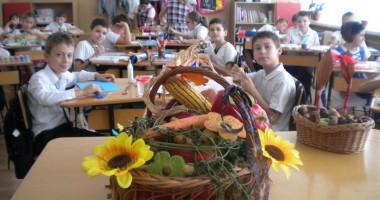 """Ce super-activităţi s-au derulat la Şcoala """"Dimitrie Cantemir"""""""