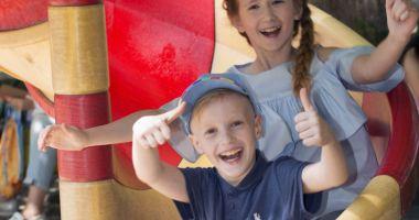 Copiii pot lua cursuri  de vară în limba engleză