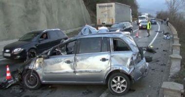 Şofer beat, la un pas să-şi ucidă copiii într-un accident