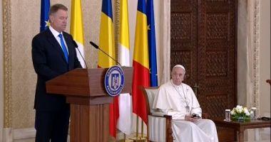 Iohannis, discurs rostit în prezenţa Papei