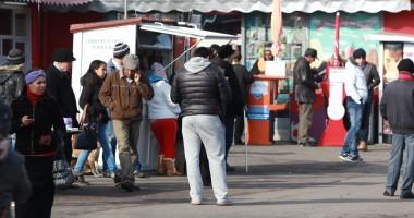 Poliţiştii stau cu ochii pe bişniţarii de ţigări de la Gara Constanţa