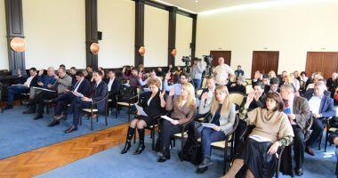 Consilierii locali, convocați de primarul Făgădău  la ședință.  Ce se votează