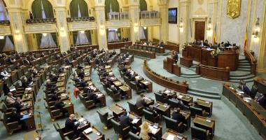 Ordonanţa 55/2014 privind migraţia aleşilor locali, respinsă de plenul Senatului