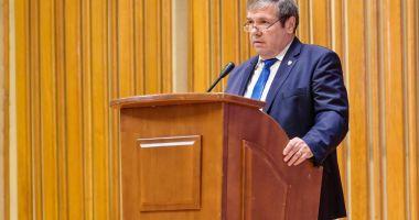 Senatorul Ștefan Mihu, interpelare pe tema începutului de an școlar