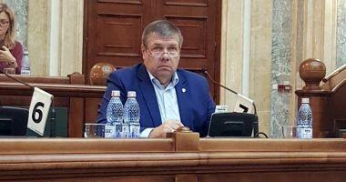 """Senatorul Ștefan Mihu: """"Susțin cu hotărâre ideea intensificării educației patriotice în școli"""""""
