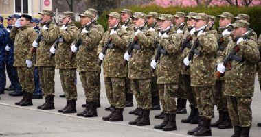 Serie suplimentară de soldaţi profesionişti pentru Forţele Navale