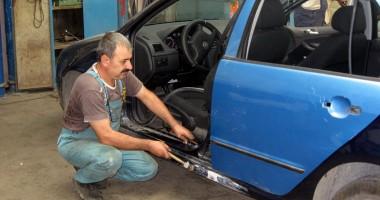 Asiguratorii pun pe butuci service-urile auto