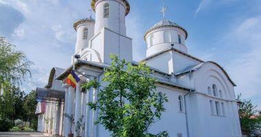 O nouă slujbă de sfințire a bisericii din Ovidiu