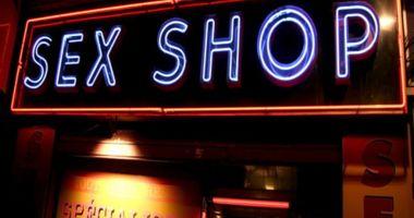 PERCHEZIȚII ÎN SEX-SHOP, la Constanța. Droguri vândute drept odorizante de camere!