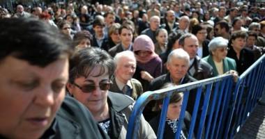 INS. Aproape un sfert din veniturile românilor, din prestaţii sociale